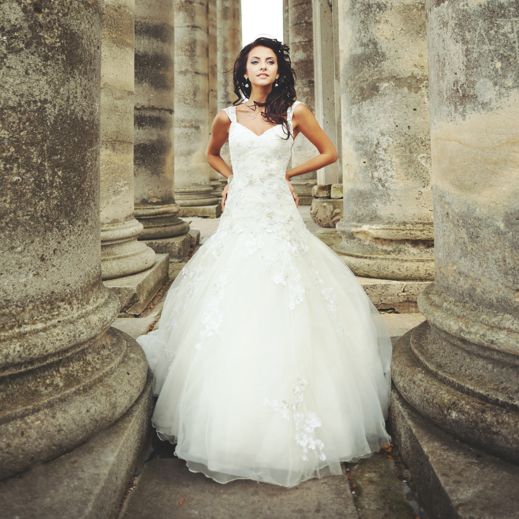 Why Selling Your Preloved Wedding Dress Makes Sense